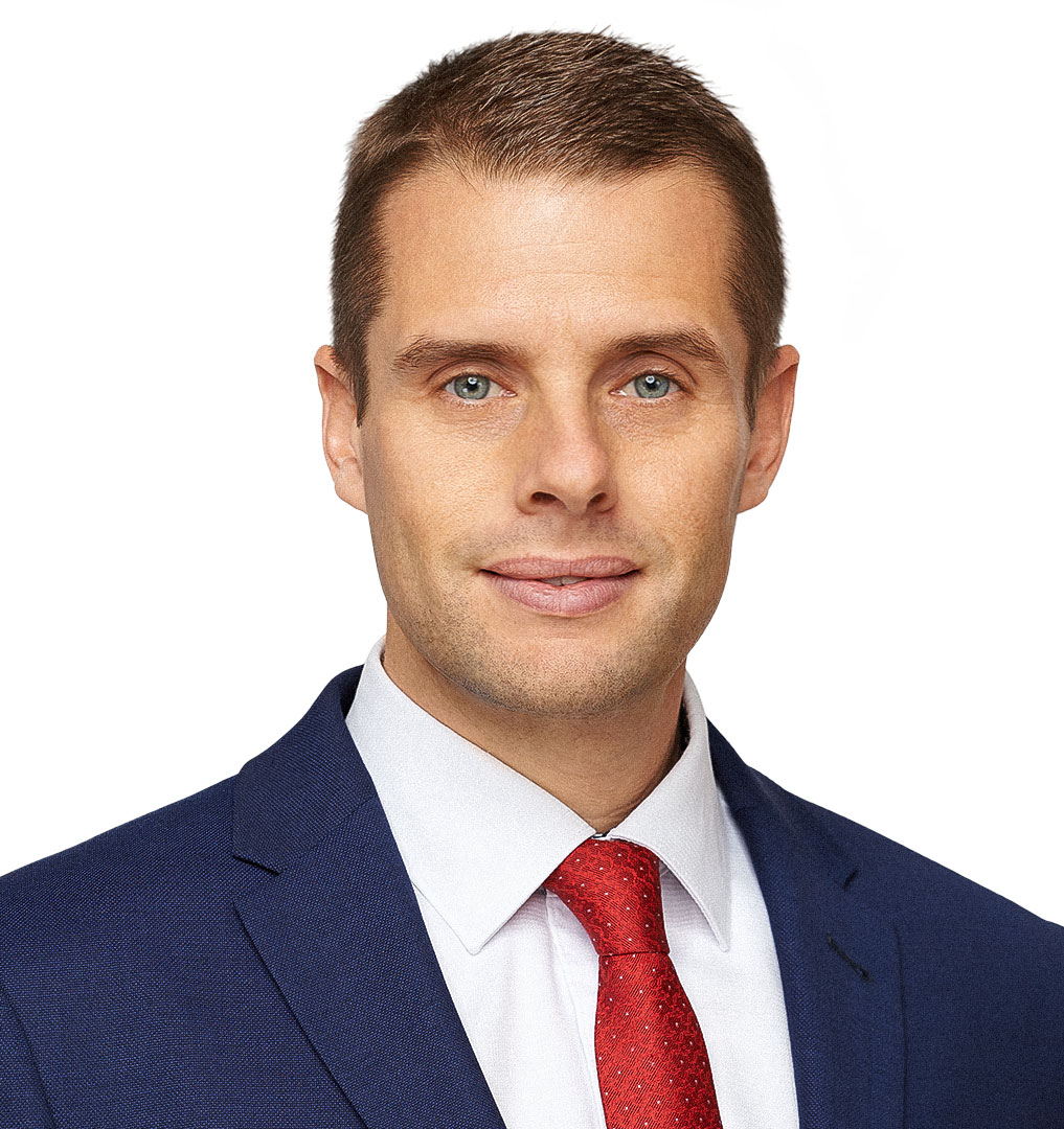 martin-klus-politik-poslanec-nr-sr-kto-som-mobil-background-2